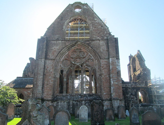 Sweetheart Abbey, Rear Window