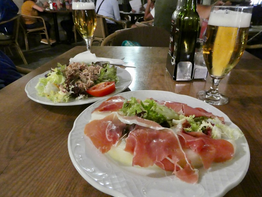 Our generous starters on our first evening in Girona
