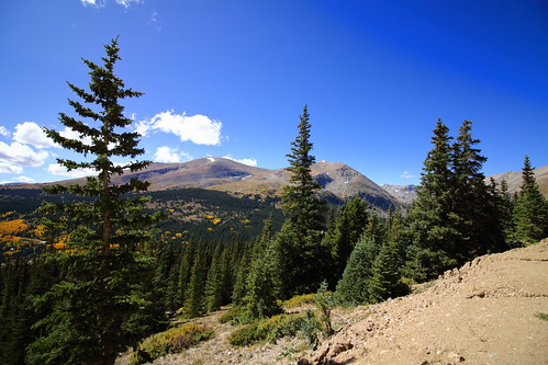 dullboy2816 colorado outdoors sky clouds highway9 co9 aspens fall view mountains 14ers fourteeners mountbross mountlincoln bross lincoln trees