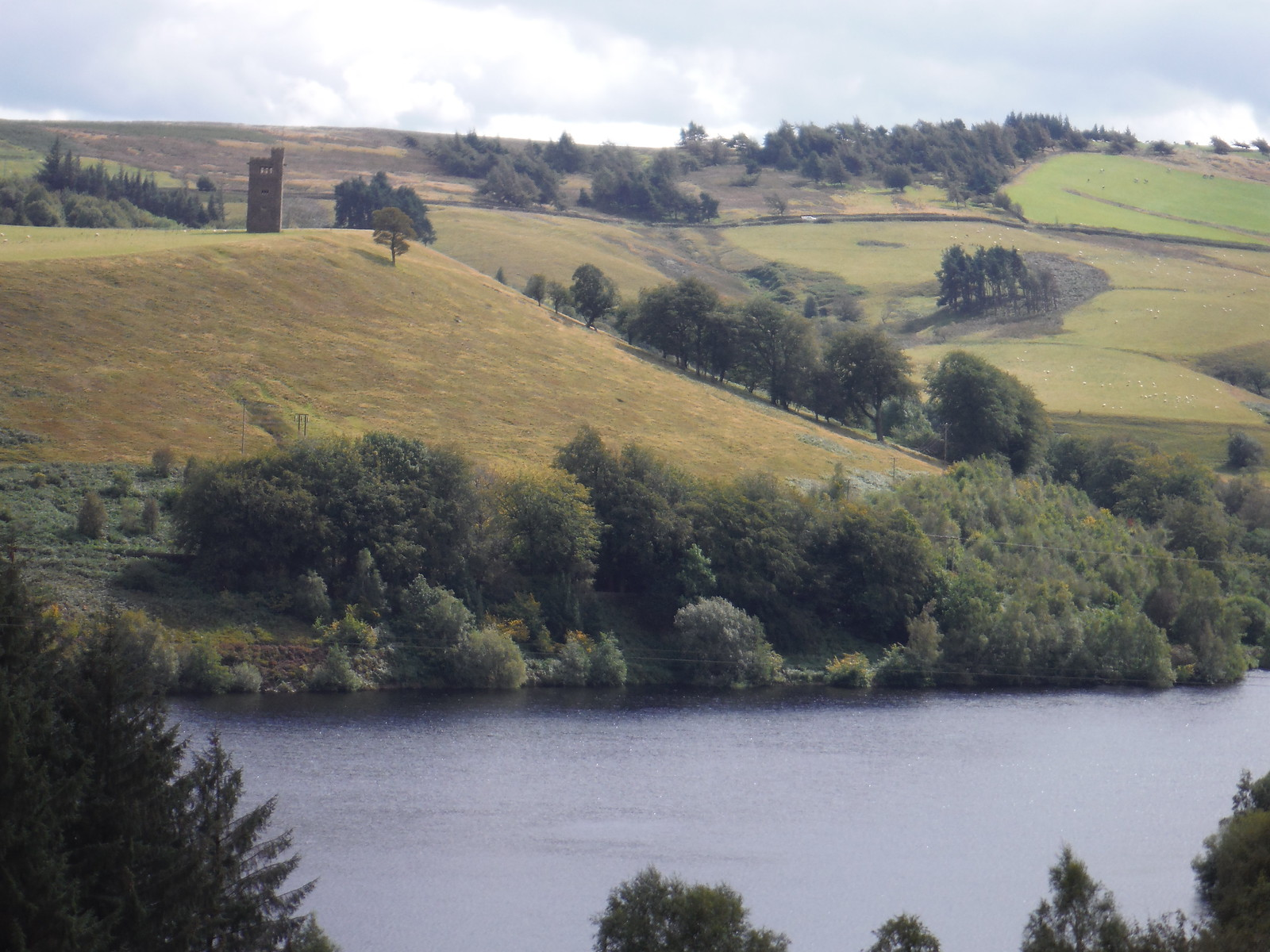 Strines Reservoir and Boot's Folly, from Foulstone Road SWC Walk 348 - Ladybower Inn Circular (via Derwent Edges and Strines)