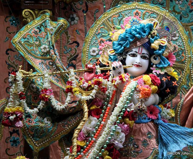 ISKCON Juhu Sringar Deity Darshan on 1st Oct 2019
