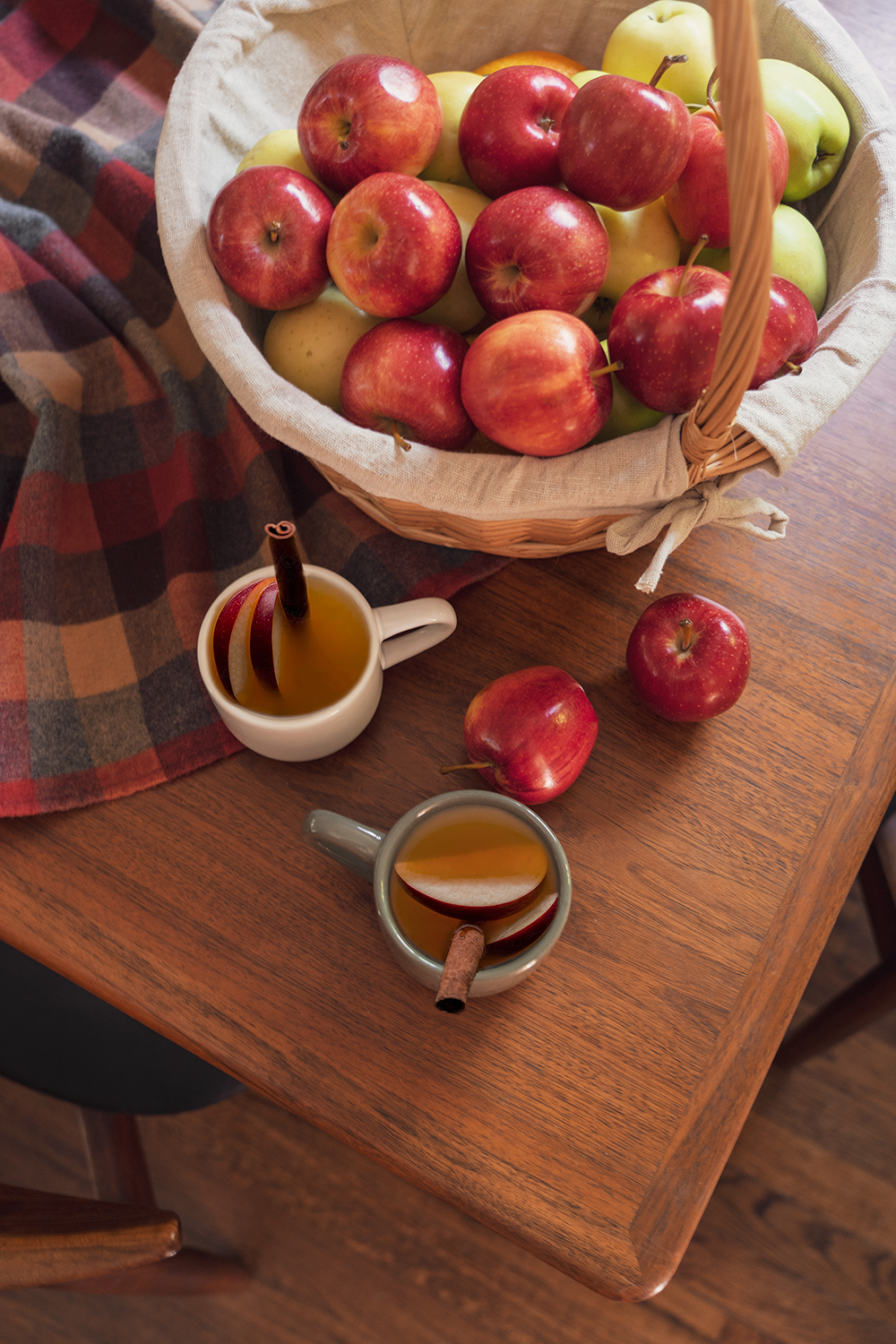 07fall-autumn-recipe-hot-apple-cider-drinks-food