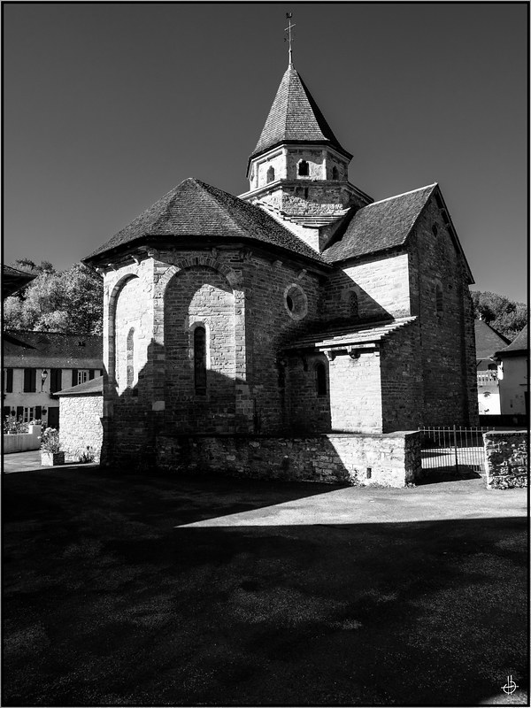 Hopital Saint Blaise 48825039631_1836d0bb4a_c