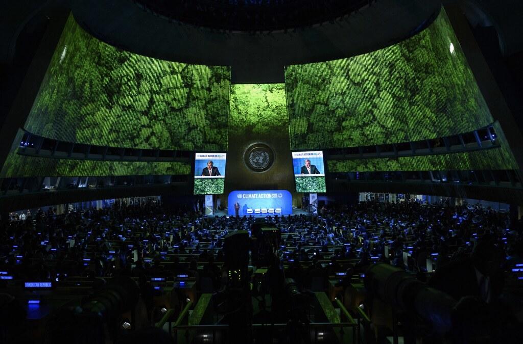 聯合國秘書長安東尼奧在氣候峰會開幕當天的演說。圖片來源:UN Photo/Loey Felipe,網址:https://www.unmultimedia.org/photo/detail.jsp?id=822/822061&key=5&query=subject:Splash&sf=