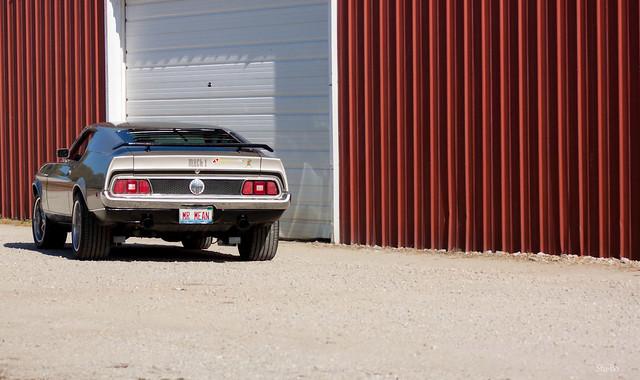 open the garage door Hal....