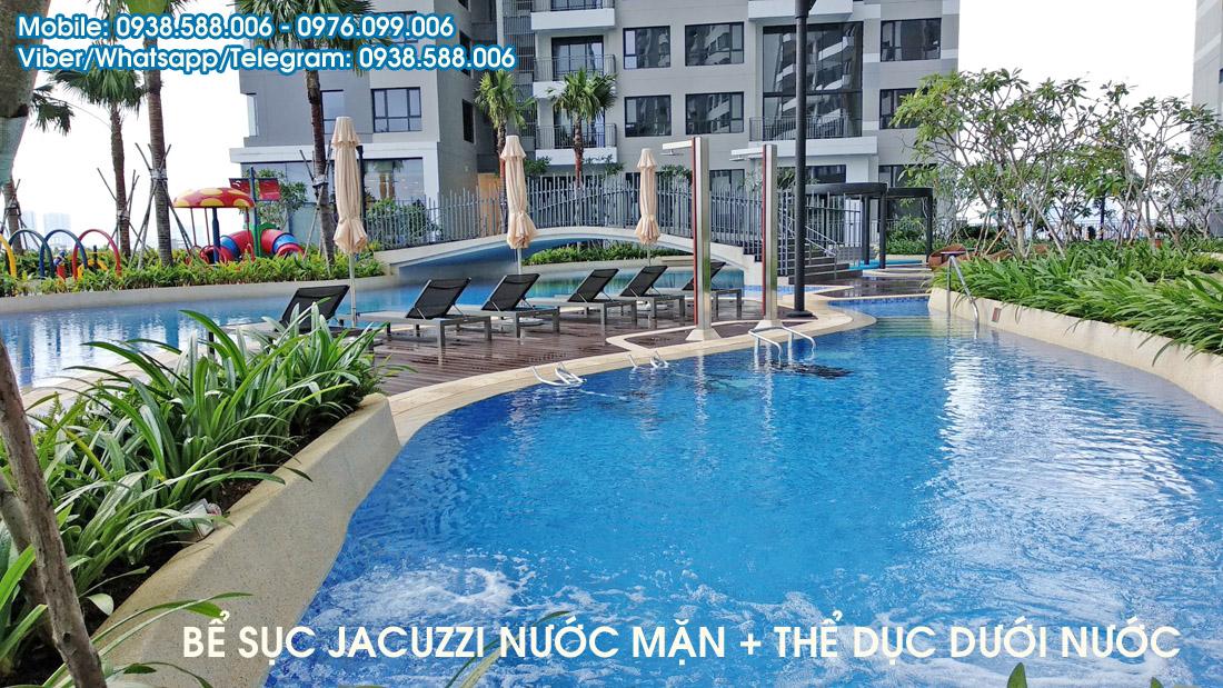 Bể sục Jacuzzi nước mặn và khu thể dục dưới nước.