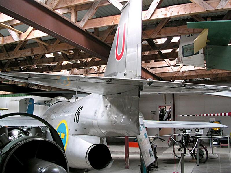 Saab J 29 Fighter 00001