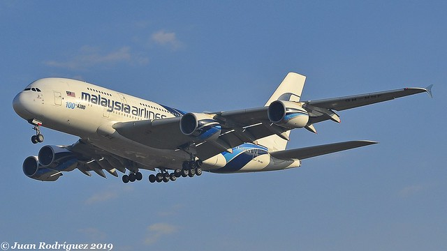 9M-MNF - Malaysia Airlines - Airbus A380-841 - PMI/LEPA