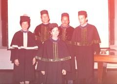Licda. Norma Alfaro en su acto de graduación, autoridades del INCAP y de la Facultad de Farmacia, INCAP sede 1977