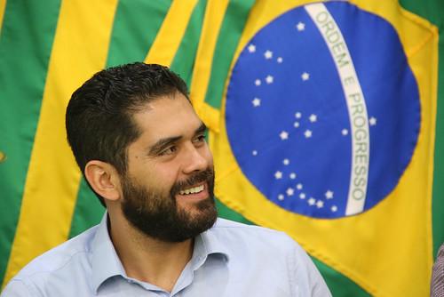 Vice-governador visita UniCerrado e obra de pavimentação na Região Sul de Goiás