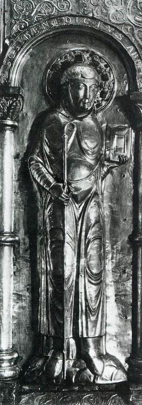 03 Св. Бенедикт. Бронзовый рельеф XI в. Музей Клюни