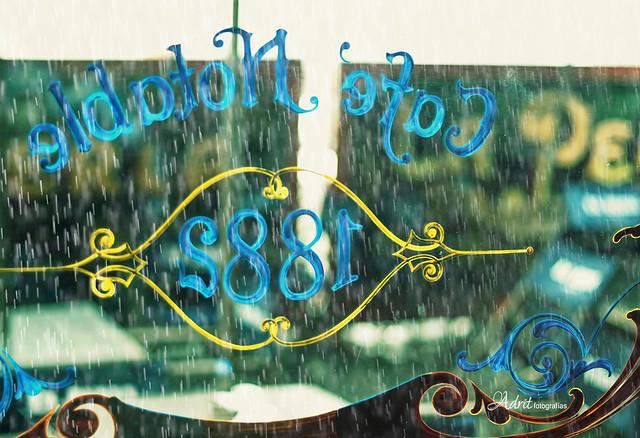 Café & lluvia