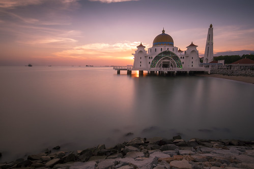 melaka malacca masjid selat strait water rock sunset asia travel slow shutterspeed nd filter sky archway floating mosque stained glass islam beautiful architecture