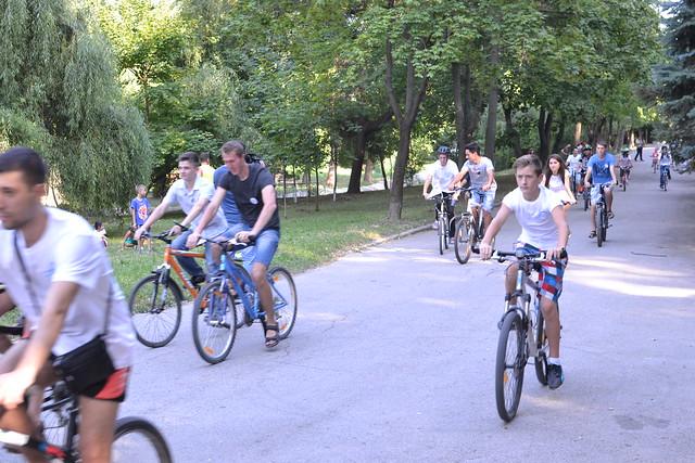 Moldova-2015-08-05-Moldova's Peace Road Event Shown on National TV