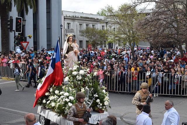 Procesión y desfile en honor a la Virgen del Carmen 2019
