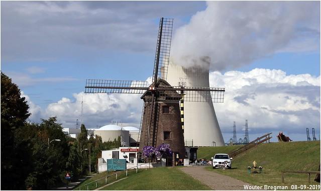 Energy: wind versus nuclear