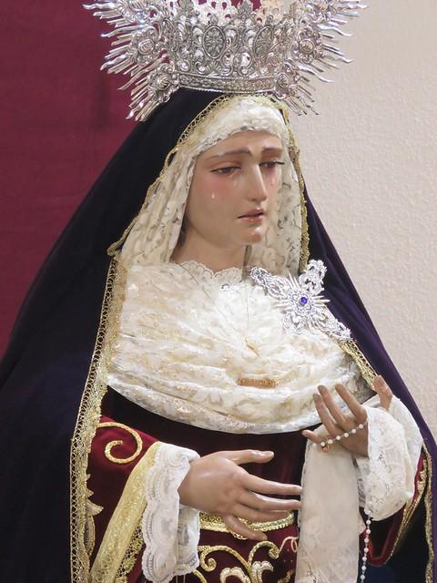BESAMANOS DE NUESTRA MADRE Y SEÑORA DE LA AMARGURA DE DOS HERMANAS