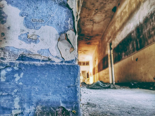 Texture of abandonment