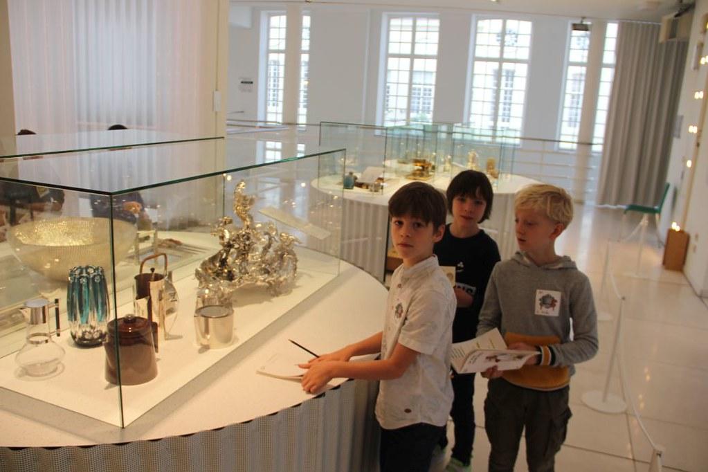 L4 Naar het Designmuseum014