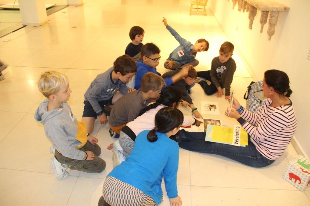 L4 Naar het Designmuseum011