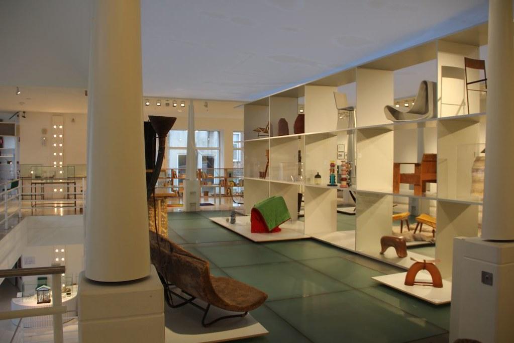 L4 Naar het Designmuseum007