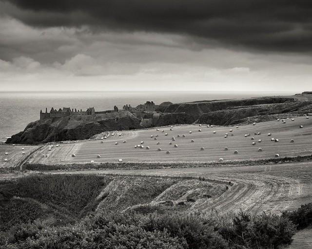 Dunnottar Castle on a dreich day