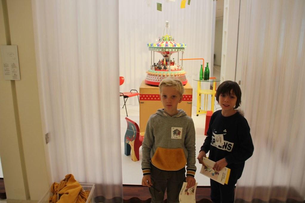 L4 Naar het Designmuseum018