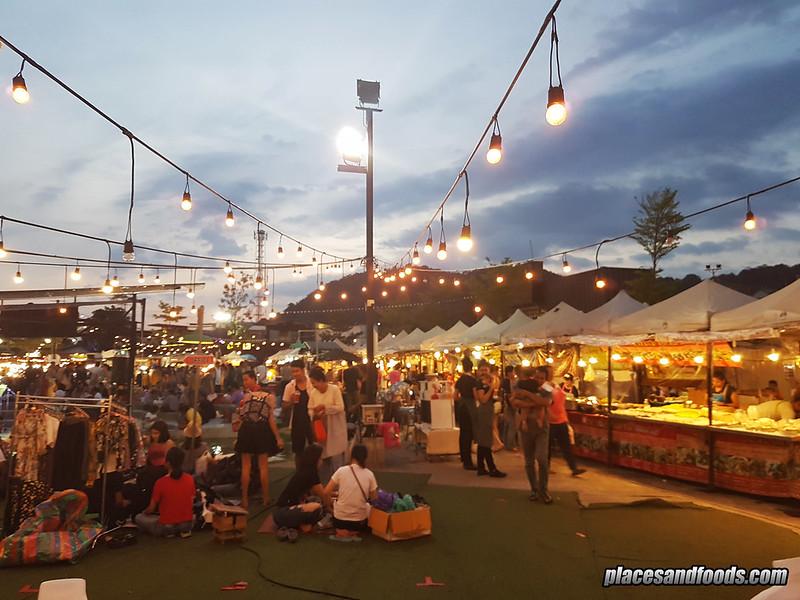 phuket chilva market