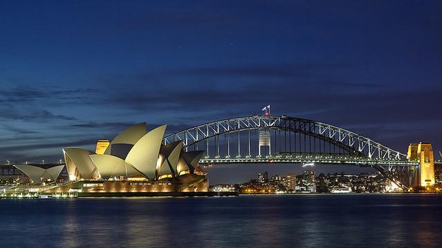AUSTRALIA. NSW    Sydney  Opera House and Harbour bridge.