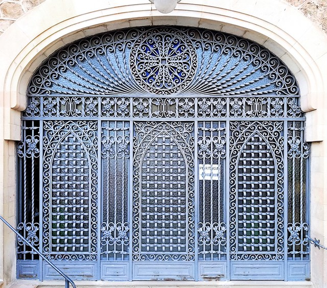 Barcelona - Avinguda Santuari de Sant Josep de la Muntanya, 01-25 c