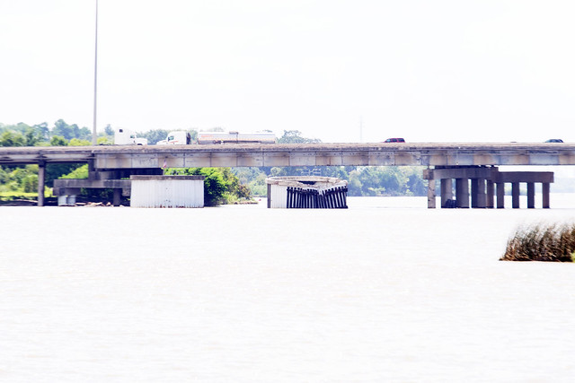 Westbound Spans I-10 Over San Jacinto River 1910011356