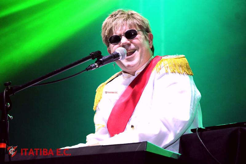 Elton John - Tribute
