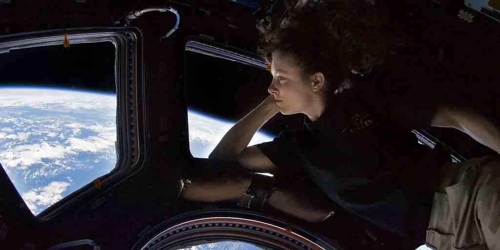 ISS-Terre-astronaute