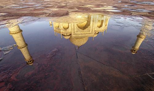 De frente, desde un lateral, reflejado en un charco...desde cualquier vista siempre es alucinante
