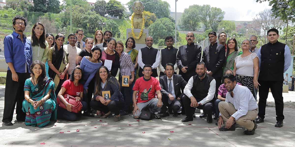 Conmemoran en Caracas los 150 aniversario del Natalicio de Mahatma Gandhi