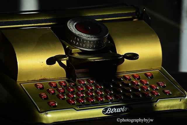 Vintage Childs Typewriter