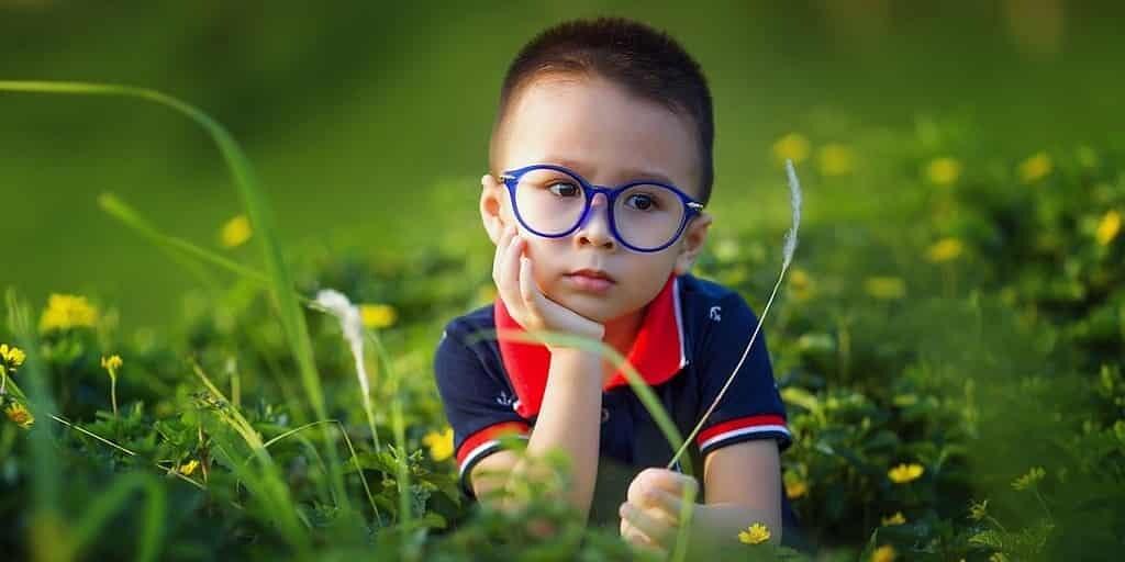 application-détection-maladie-oculaire-enfants