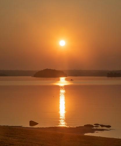 ron mayhew ronmayhew forsythcounty georgia canon sunrise goldenhour lakelanier lake water surise sky