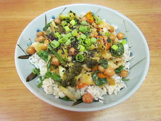 Vegetables and Chickpeas in Orange Sauce