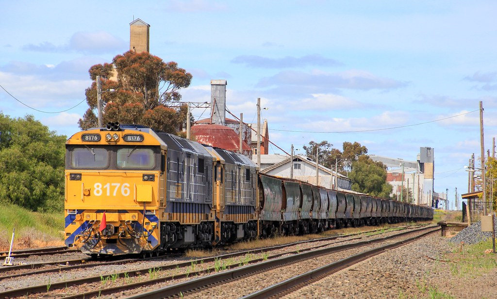 8176 and 8135 sit in Murtoa yard while having an inspection of the rolling stock by bukk05