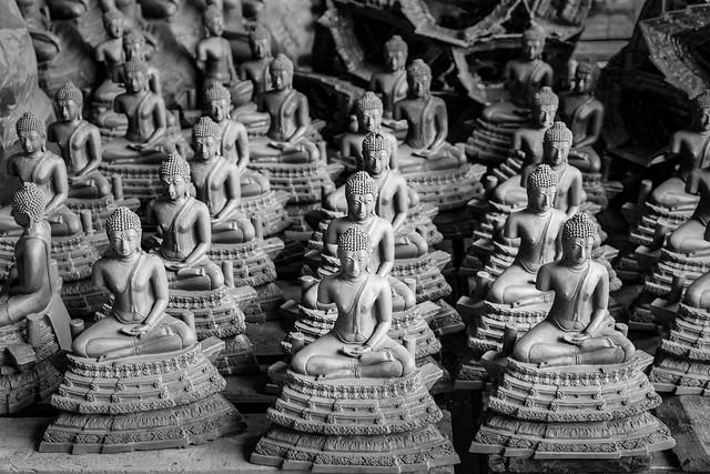 Buddha Images at Buranathai Foundry