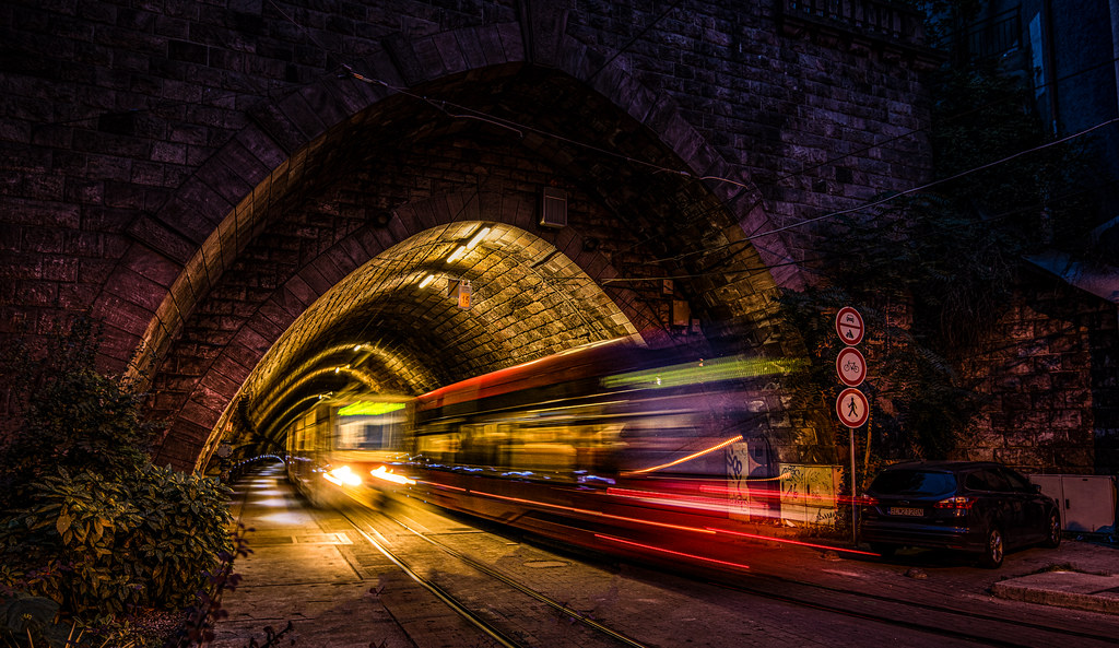 Trams in the tunnel