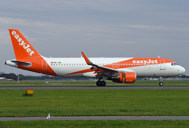 easyJet Switzerland Airbus A320-214(WL) HB-JXE Sharklets