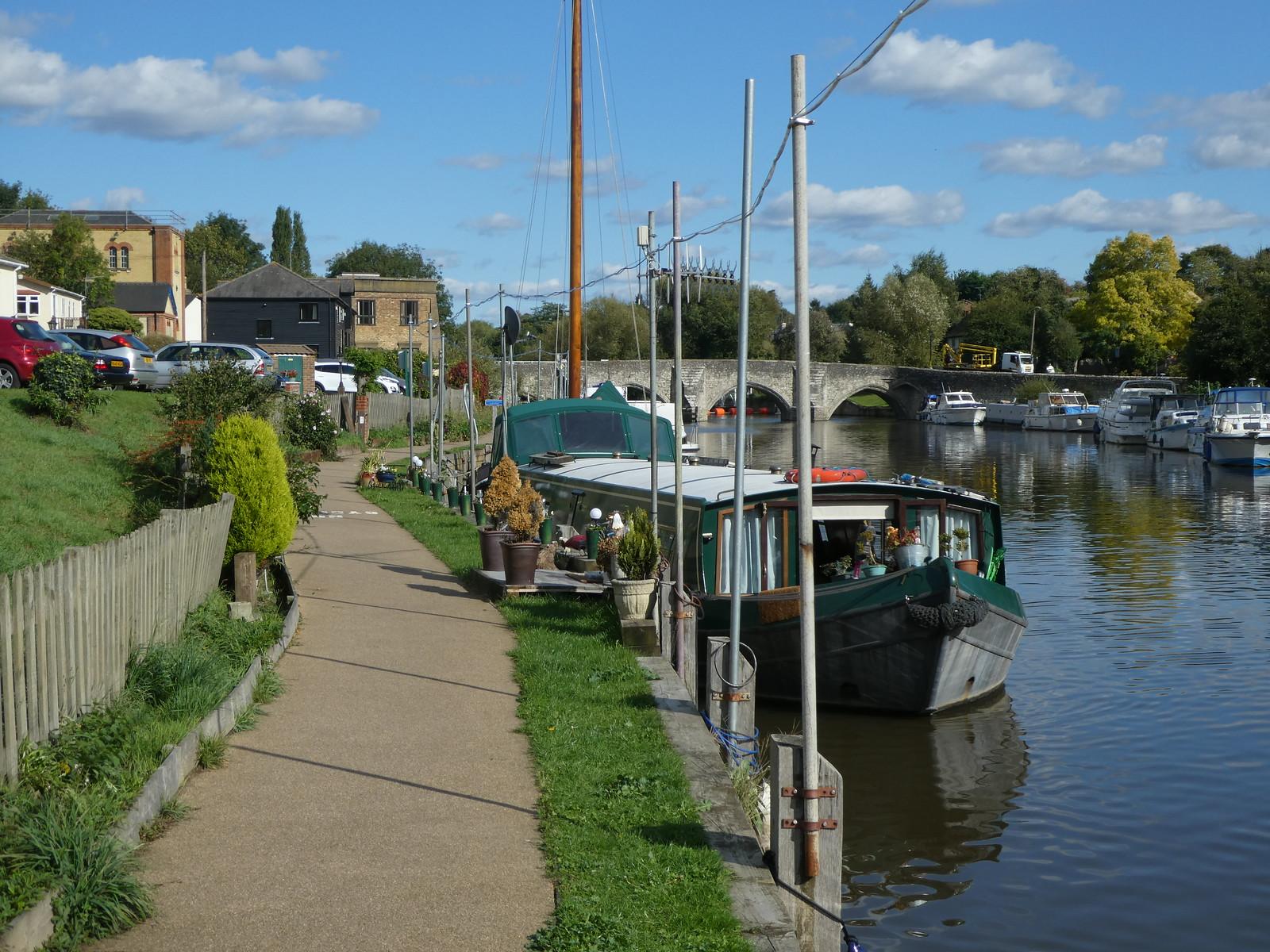 East Farleigh riverside Wateringbury Circular walk