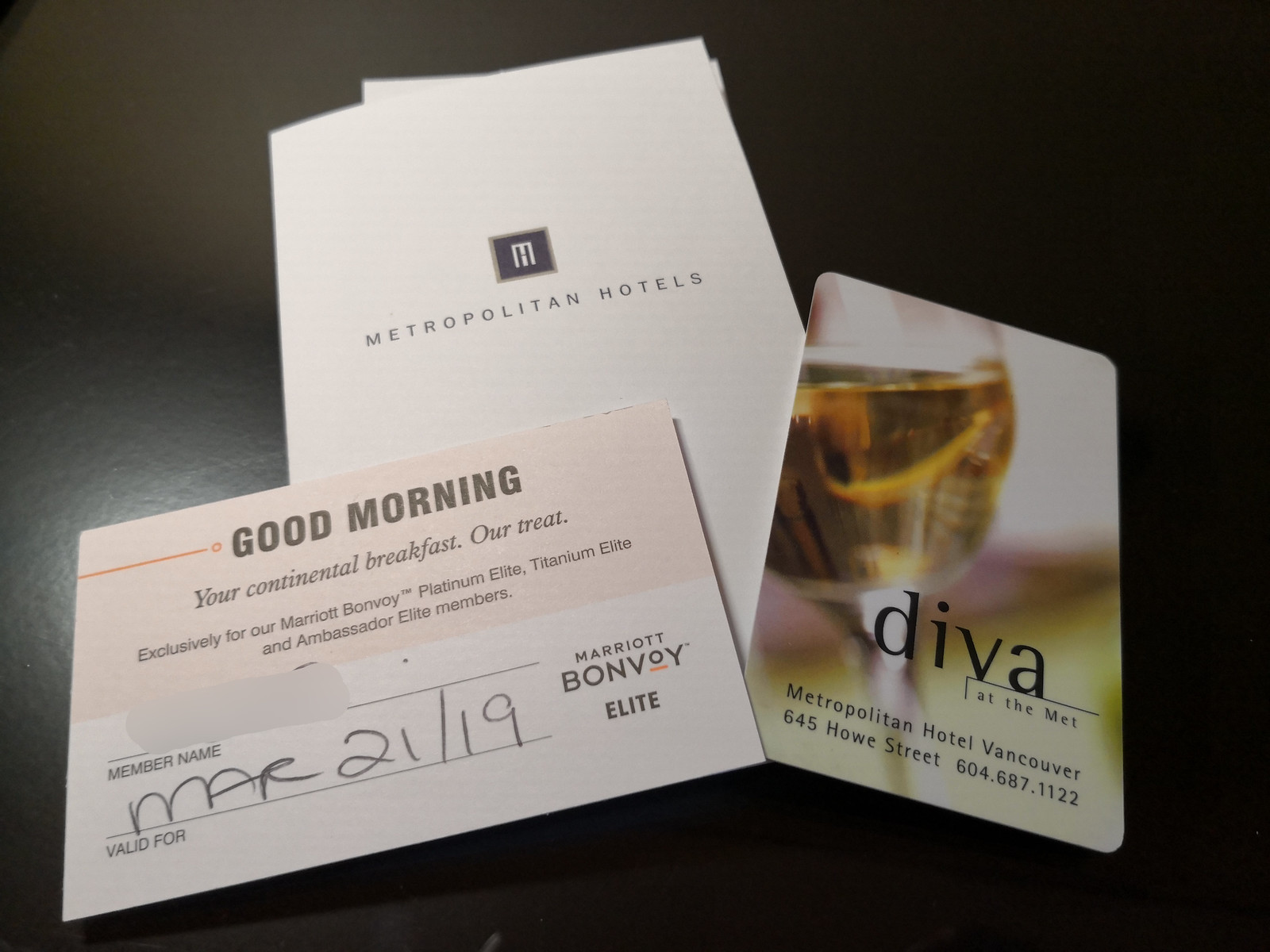 Breakfast voucher and room keys