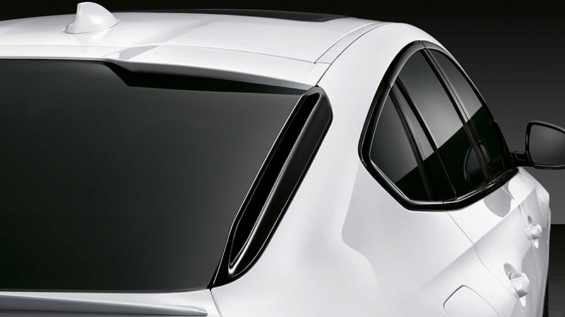 2020-bmw-x6-with-m-performance-parts (2)