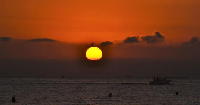 Sunrise on the beach of El Campello