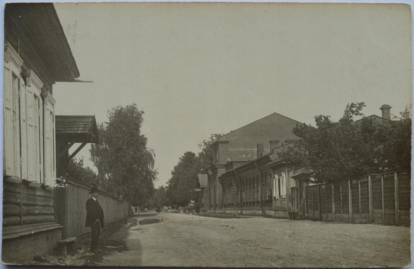 Ново-Чашницкая улица. Земская управа