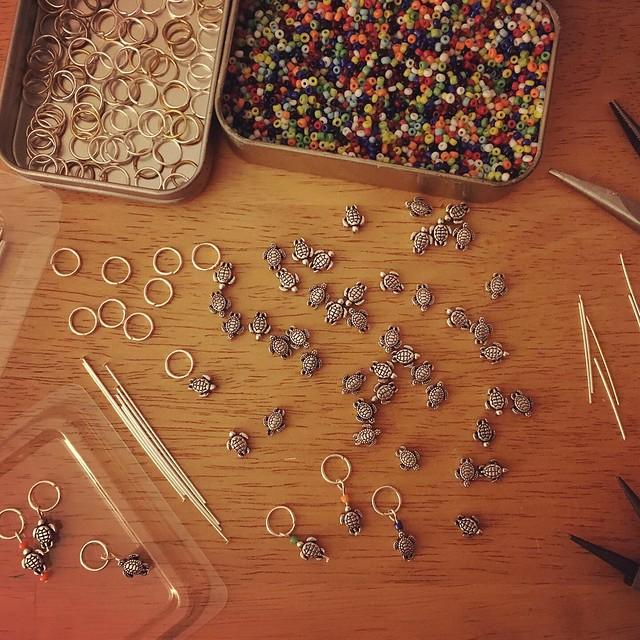 Making turtle stitch markers
