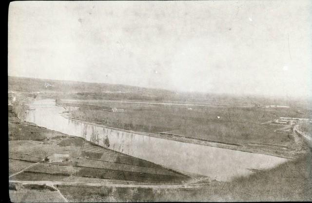 Fotografía de Eduardo Butragueño Bueno, río Tajo y Playa de Safont, la Huerta del Granadal y con la Huerta del Rey al fondo. Años 20 o anterior incluso